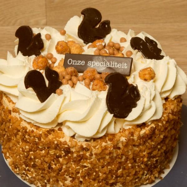 hazelnoten taart 2